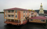 отель на воде в Киеве